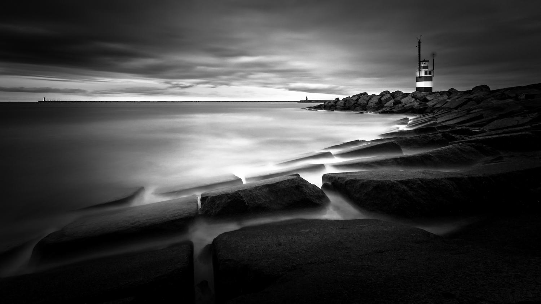 IJmuiden zwart-wit pier